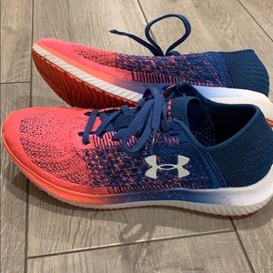 Women's Under Armour Threadborne size 7 or 7.5
